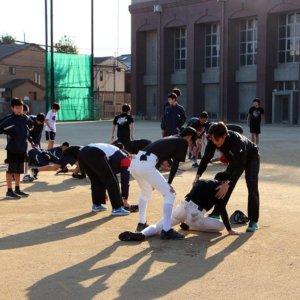 東京都豊島区西池袋中学校にて スポーツ技術指導のイメージ